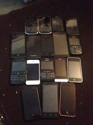 17x various faulty spares repairs mobile phones Apple , Blackberry , Sony, HTC