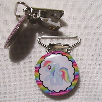 C34 - CLIP PINCE BRETELLE, CROCODILE, ATTACHE TÉTINE - CHEVAL PONEY ARC en CIEL