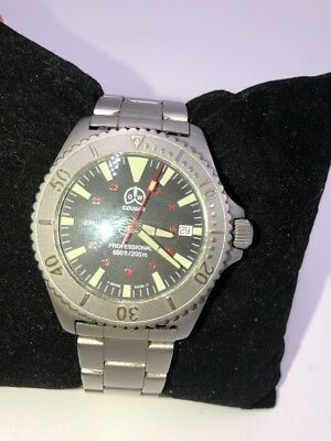 Cougar Professional Wrist Watch 660ft/200mm Mens