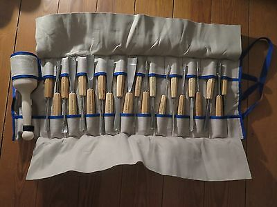 Pfeil 25 Piece Woodcarving Set Roll Case RO-25 (Swiss Made)