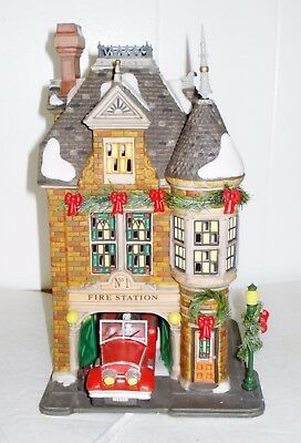 New Department 56 Fire Station #1 Lamp Beautiful Victorian Design Retired Nr