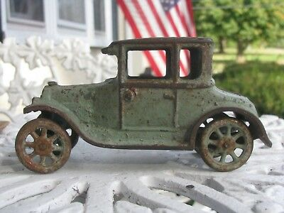 """1920s ARCADE 6.5"""" CAST IRON FORD MODEL-T TWO DOOR SEDAN  TOY CAR COUPE"""