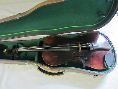 a very old Violin 4/4 with Case Nr2219