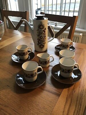 J&g Meakin Maidstone-Hanley-England 4Xcups And Saucers Coffee Set