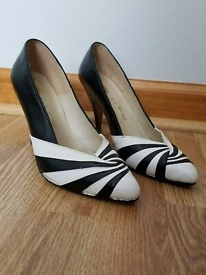true vintage leather high heels black and white pumps  Came Mexico 6 1/2