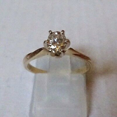 Certified 14kt Yellow Gold 0.41 Carat Oval cut Diamond  ring L.5