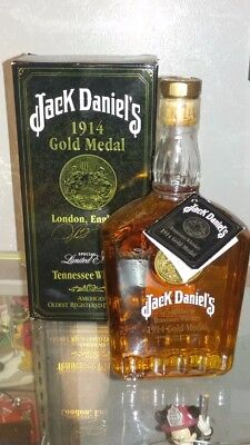 Jack Daniels 1914 Gold Medal 750 ml signed by Master Distiller #5  Jimmy Bedford
