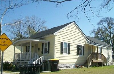 Investors Catch! 3Bed/1Ba Turnkey Property ~ 675 monthly.
