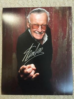 Stan Lee, Marvel, Spider-Man 10x8 Signed Authentic Autograph Photo COA