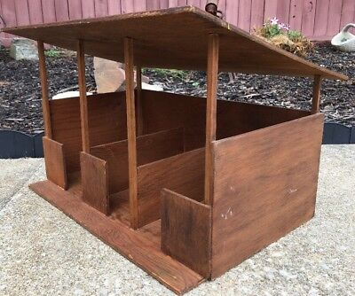Vintage LARGE Hand Made Wood 3-Horse Stable Model 1970's Equestrian