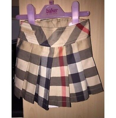 Burberry Baby Girl Pleated Skirt.    Size - 18 Months.