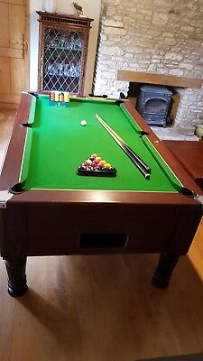 Pub-style slate-bed pool table  7' x 4' in fantastic condition