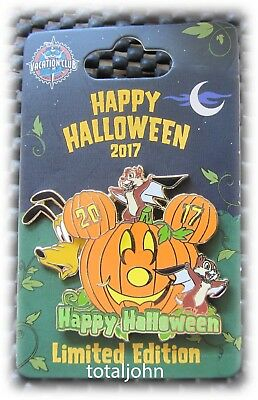 Disney 2017 New DLR Halloween Chip and Dale Pluto Pumpkin Pin