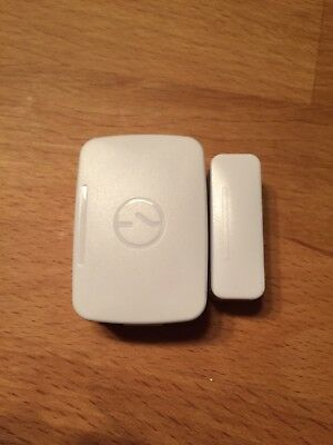 Samsung SmartThings Multi Sensor iOS & Android & Windows Phone Compatible White