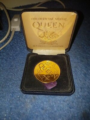 queen medal new in box