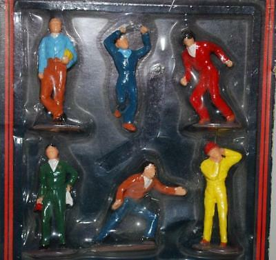 Scalextric 1:32 - Racing / Pit Crew Figures   C709