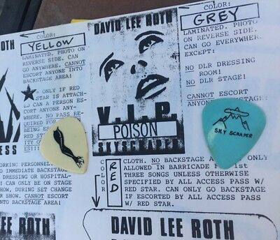 Stage Used STEVE VAI 1988 SKY SCRAPER TOUR GUITAR PICK POISON David Lee Roth CC