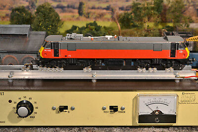 """Hornby """"oo"""" R595, Class 90, Br Electric Locomotive, Express Parcels Livery, Vgc"""
