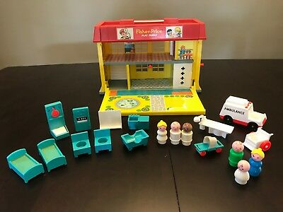 Vintage Fisher Price Hospital set! COMPLETE!!