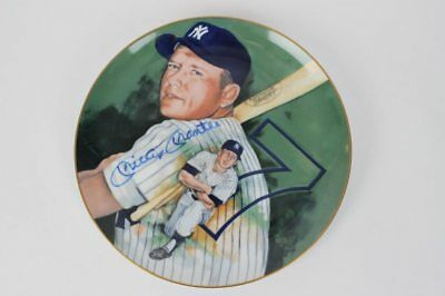 New York Yankees – Mickey Mantle Signed Marigold Collector Plate – JSA