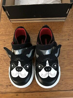 Converse Toddler Size 7 Shoes