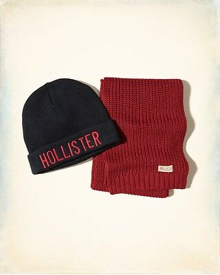 Hollister Mens Scarf and Beanie Knit Gift Set