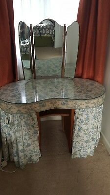 kidney shaped dressing table