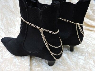 Gold coloured shoe / boot chains
