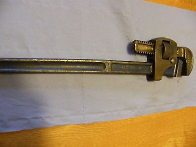 Record Pipe Wrench (Stillsons)   18""