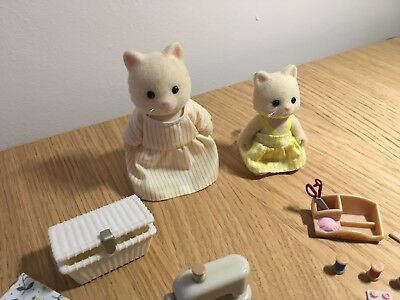 Sylvanian Families sewing with mother set