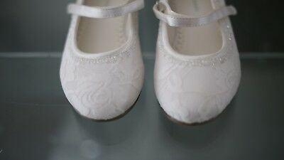 Childs Ivory Floral Lace Pattern Bridesmaid Shoes Size 11