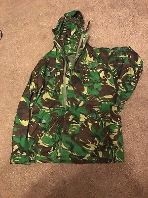 Men's Camouflage Jacket Size Xl