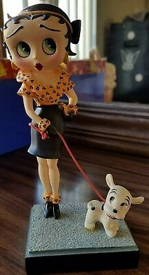 "Danbury Mint ""OUT FOR A STROLL"" Betty Boop Figurine #D1303"