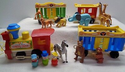 VINTAGE Fisher Price Little People CIRCUS TRAIN & EXTRA ANIMALS  991 ACCESSORIES