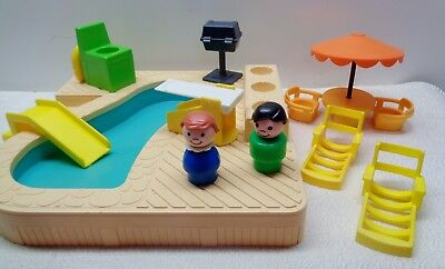 VINTAGE Fisher Price Little People 2526 FAMILY SWIMMING POOL 100% complete