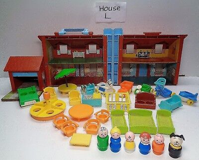 VINTAGE Fisher Price Little People #952 BROWN HOUSE 100% complete plus Extras #L