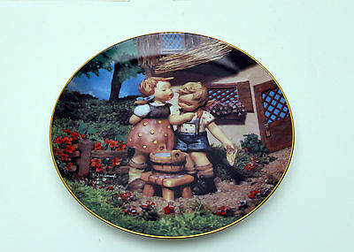 "Danbury Mint Hummel Collector Plate - ""Squeaky Clean"""