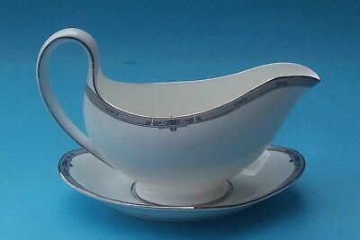 Wedgwood Amherst Gravy Boat And Underplate