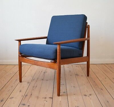 Danish Mid-Century Lounge Chair by Grete Jalk For Glostrup Møbler. 1950's.