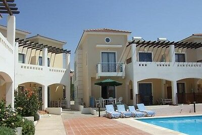 Self Catering Holiday Home Let Plus Pool Villa rent Paphos Cyprus October