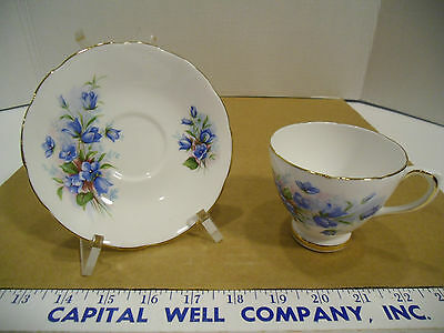 Royal Sutherland English Fine Bone China Blue Floral Tea Cup & Saucer Set - EUC