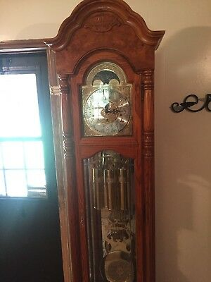 Grandfather clock Howard Miller Model 610-796