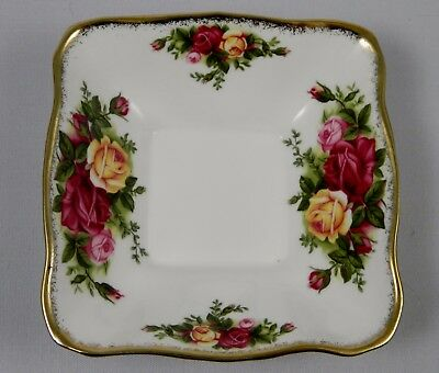 ROYAL ALBERT OLD COUNTRY ROSES Square Dish / Tray