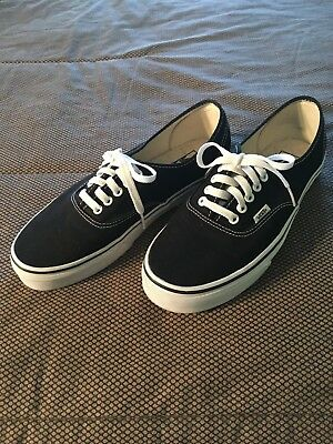 c023e1b689 VANS UNISEX AUTHENTIC - Black Canvas White Sole Lace Up Sneakers ...