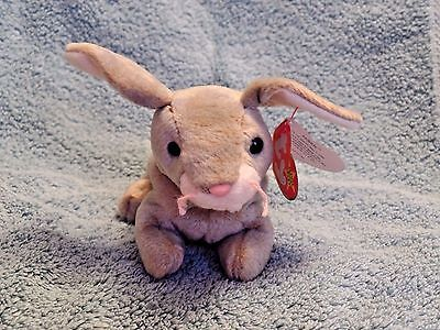 Ty Beanie Baby Nibbly the Rabbit Near Mint Condition