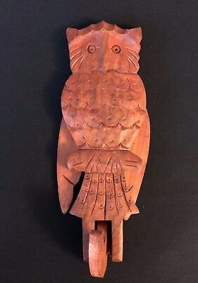 Vintage Novelty Carved Wooden Owl Figurine Wall Hanging Hook Moving Wings - RF1