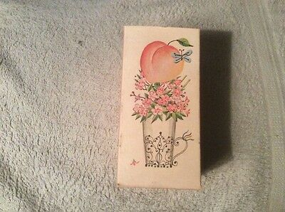 Vintage Avon Pretty Peach Cologne Mist Box