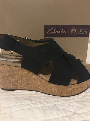 bcaece08e13 CLARKS WOMENS SANDALS size 10 -  50.00