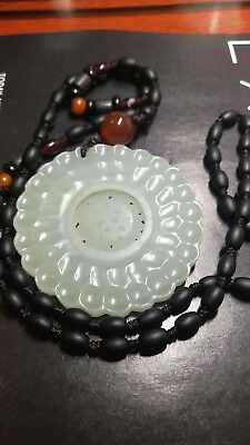 NICE CARVED jade flower necklace for good fortune and happiness