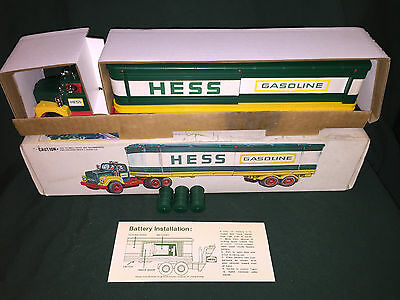 1975 Hess Barrel Truck, Rare 5 Ring Barrels,lights work,rare,vintage,collectible